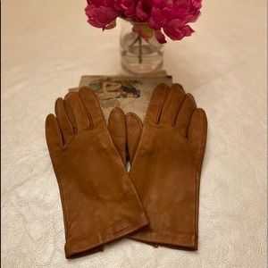 🐞NEIMAN MARCUS LEATHER GLOVES🐞